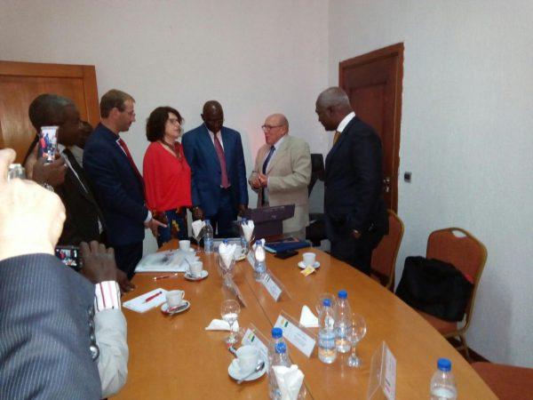 Au Ministère de l'Intérieur avec M. Lazare Dago Djahi, Directeur Général de la Décentralisation