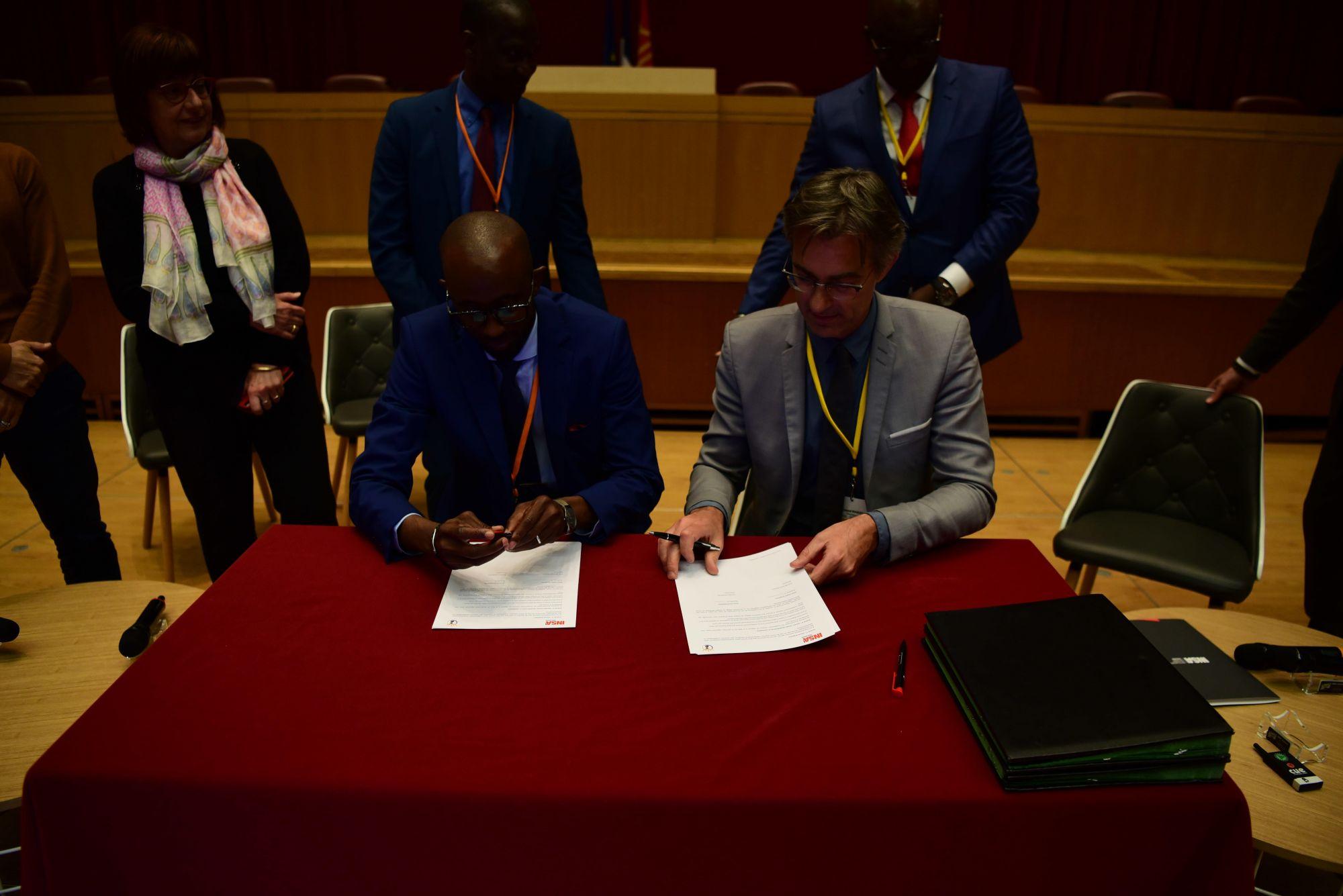 Signature de partenariat